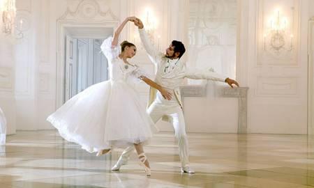 Tangofox 2015 cours de danses de salon et latino chez - Musique danse de salon ...